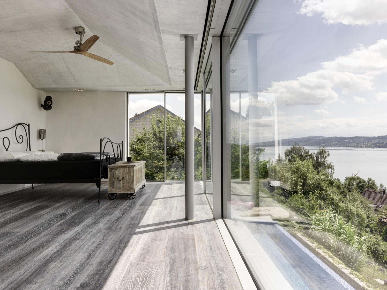 Skyframe-Glas-Seengen